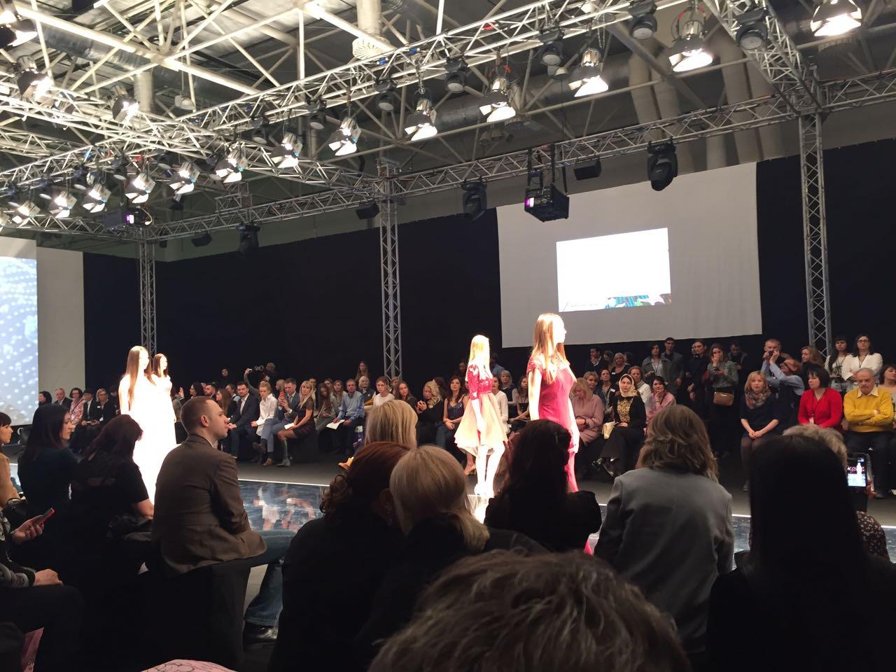 Вписался в атмосферу fashion индустрии самой крупной выставки моды в Восточной Европе
